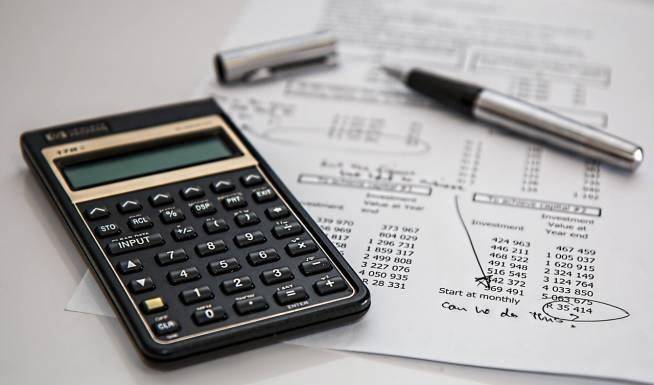税務署か税理士か? 個人事業主が確定申告について相談できる相手を、税理士が解説!