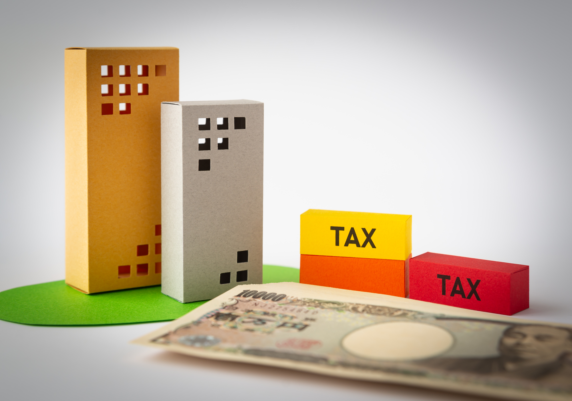 株式譲渡を行うと消費税が発生? 課税されるものと非課税の違いとは