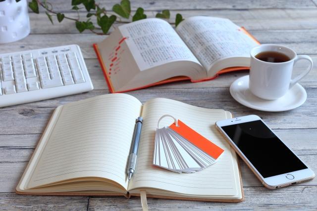 独立できる資格、役立つ資格6選!勉強しながら稼げる職種も紹介