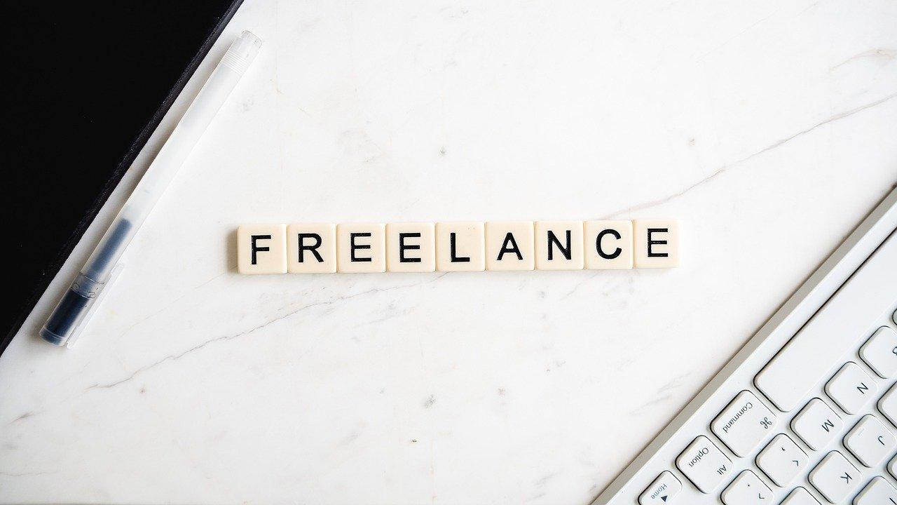 【フリーランスorフランチャイズ】経営初心者の独立・開業におすすめなのはどっち?