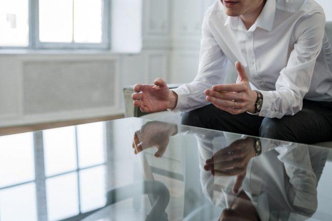 転職の悩みは誰に話す?ケースごとの相談先・相談方法を紹介!