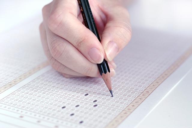 転職活動での適性検査は合否に関係する?実施の目的と対策方法